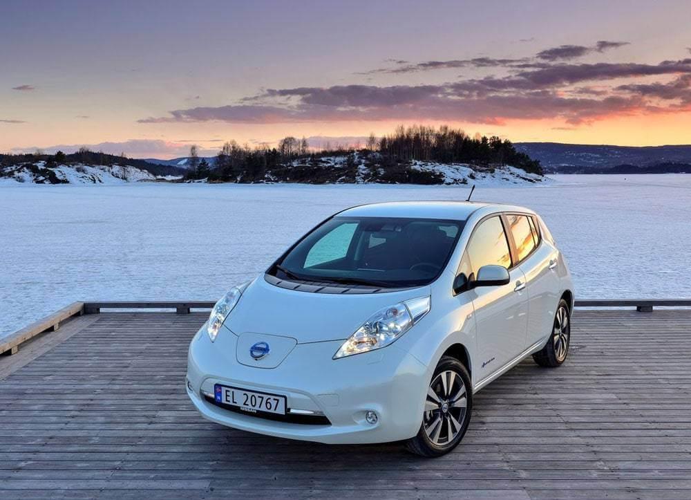 Nissan Leaf купить в Беларуси